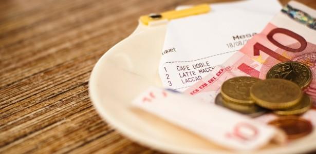 A nova lei da gorjeta torna obrigatrio o pagamento dos 10 pelo consumidor