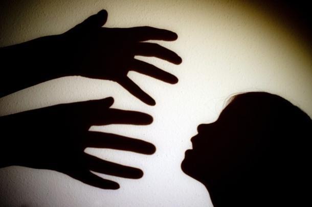 Sexo com menor de 14 anos crime mesmo com consentimento decide STJ